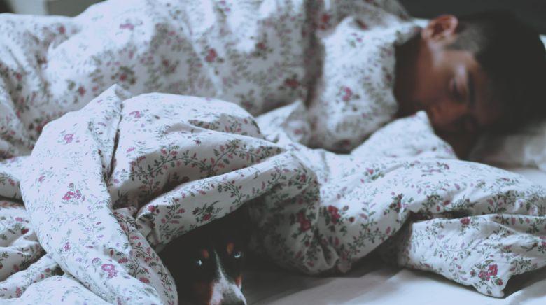 効率良く深い睡眠を得て作業時間を確保する方法