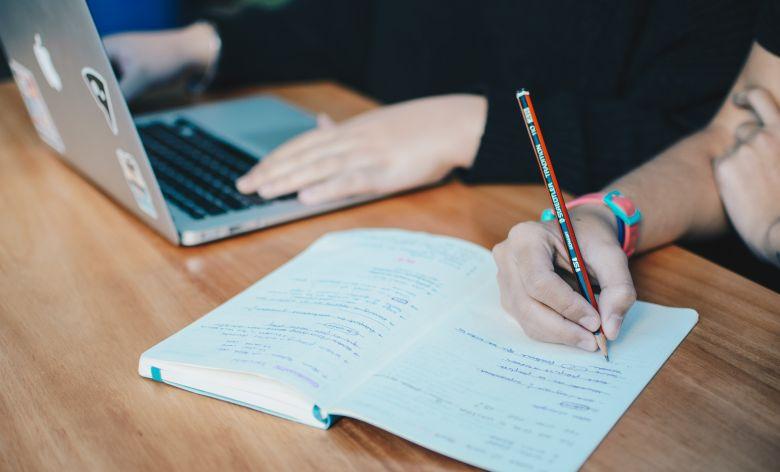 ウェブカツの卒業試験に関する既出の詳細情報まとめ
